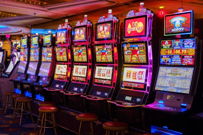Six Greatest Methods To Sell Casino