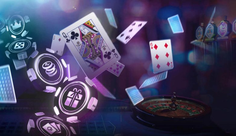 Three Things To Demystify Online Slot